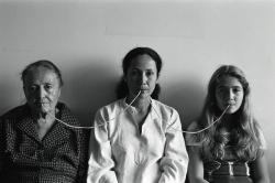 ANNAMARIA MAIOLINO POR UM FIO 1976-2000, Videoinsight® Collection