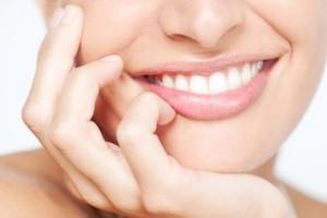 rimedi-naturali-carie-denti-consigli-utili-prevenzione-640x426